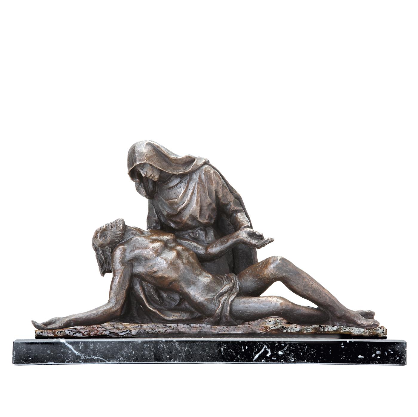 Escultura La Piedad escultura historica Madrid